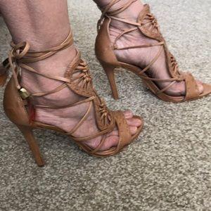 Schultz tan heels